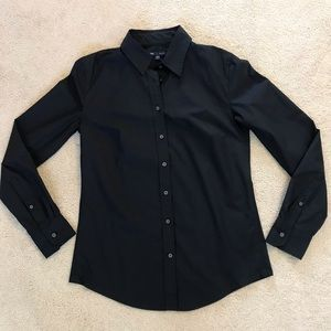 NWT - Gap Tailored Long Sleeve Button Top